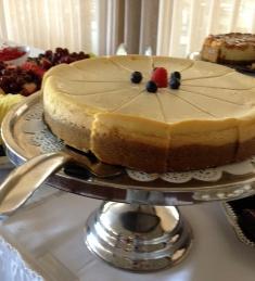Hollywood 2-Tone Cheesecake