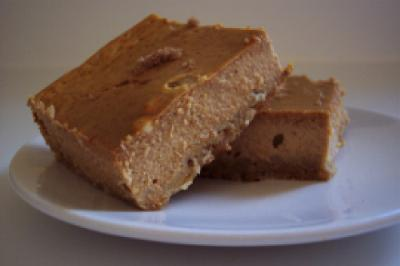 Pumpkin bars with the crispy nutty crust are  irresistible!